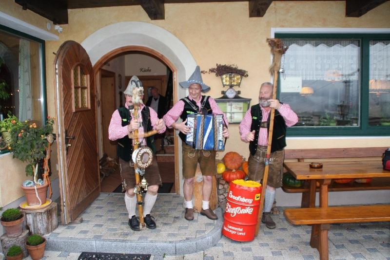 """Die """"Broat'nberg Sinnfonika"""" aus Abtenau kommt zu einem musikalischen Gastspiel nach Münster."""