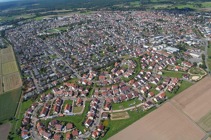 Auch im Inselviertel – hier der Blick aus dem Hubschrauber bei der Vereins- und Gewerbeschau – klaffen etliche Baulücken.