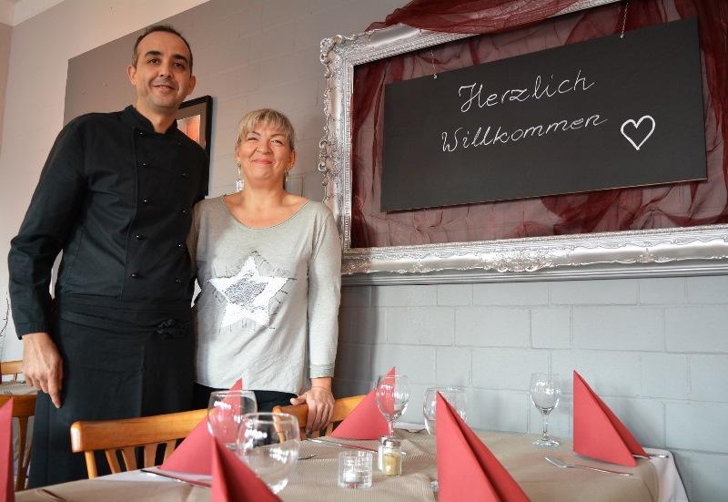 """Benaissa El Allali und Malgorzata Granatowicz feiern als neue Pächter im neuen """"Restaurant Kulturhalle Münster"""" am 1. Februar Eröffnung. Foto: GM/mmr"""