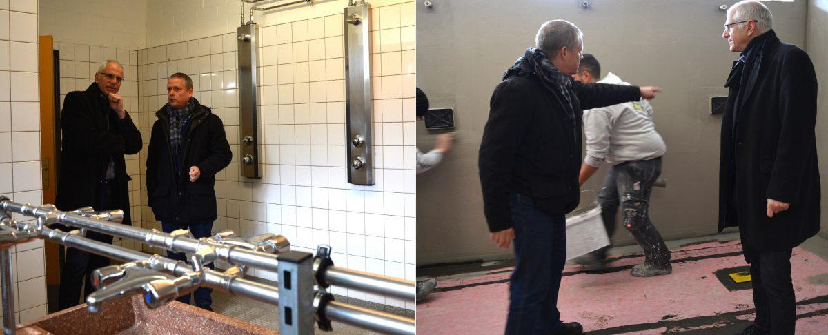 Bürgermeister Gerald Frank und Architekt Michael Kramer machen sich vor Ort ein Bild von der Lage. Auf dem Foto links ist der alte Duschbereich zu sehen, auf dem Foto rechts sind die Arbeiten bereits im vollen Gange. Foto: GM/MMR