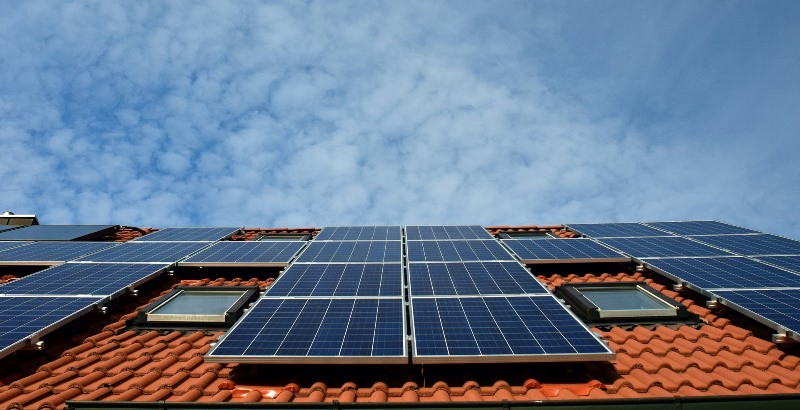 Energieeffizient bauen und renovieren lohnt sich – ein Experte der Verbraucherzentrale Hessen informiert am 23. Oktober kostenlos über die Möglichkeiten. Foto: Pixabay
