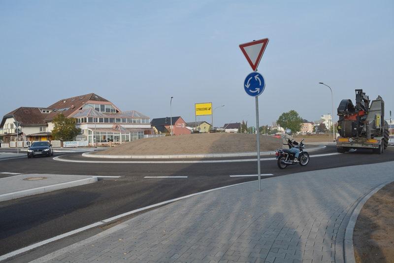 Der neue Kreisel ist freigegeben. Foto: GM/Musa Kücük