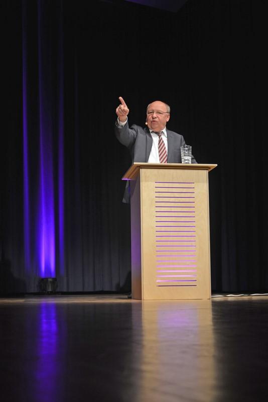 Gernot Hassknecht in der Kulturhalle Münster. Foto: GM/Lena Brunn