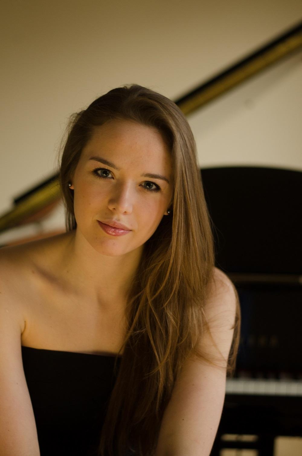 Die Pianistin Olga Zarytovska ist die Solistin des Neujahrskonzerts der Gemeinde Münster am 12. Januar 2019 in der Kulturhalle. Foto: privat