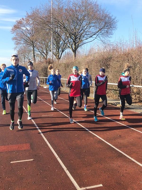 Nachwuchs-Triathleten aus ganz Hessen trainieren in Münster