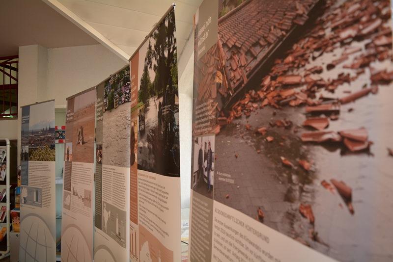 Klimazeugen-Ausstellung im Rathausfoyer