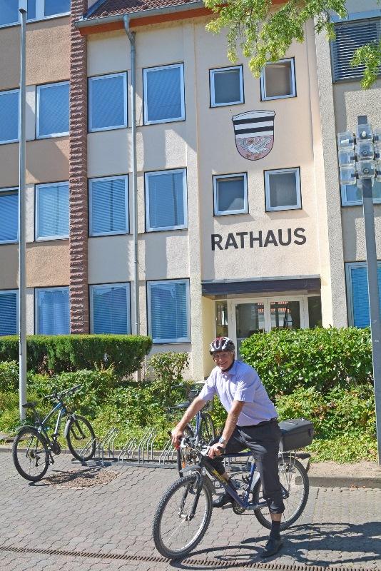 Geht mit gutem Beispiel voran: Auch Bürgermeister Gerald Frank macht beim Stadtradeln mit. Foto: GM/Meike Mittmeyer-Riehl