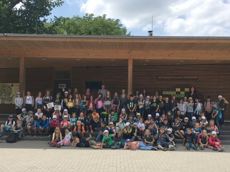 88 Kinder haben in den ersten beiden Wochen der Sommerferien bei den Ferienspielen der Gemeinde Münster mitgemacht. Es ging unter anderem in den Wildpark in Hanau-Kleinauheim. Foto: Kinder- und Jugendförderung