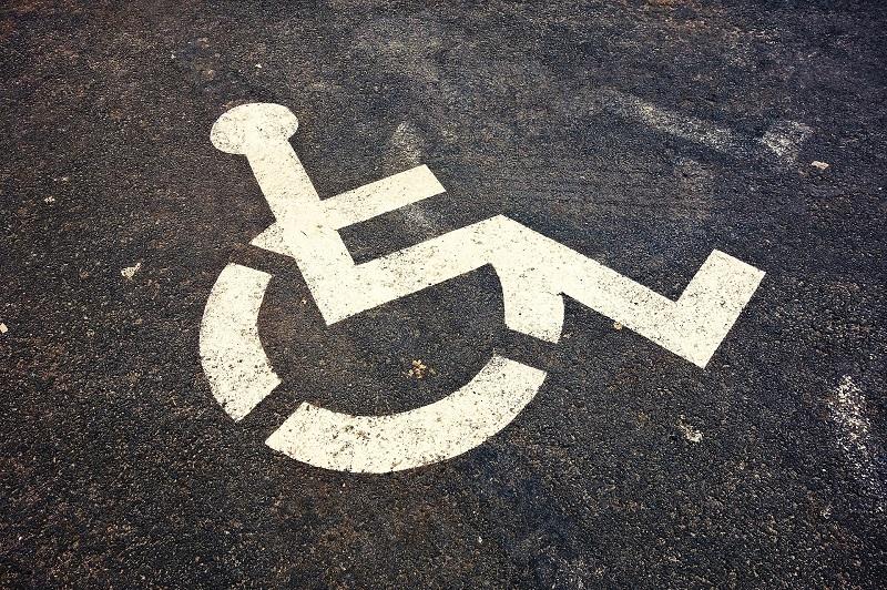 Die Behindertenbeauftragte in Münster bietet jetzt Sprechstunden an. Foto: Mabel Amber auf Pixabay