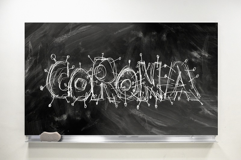 In den Schulen im Landkreis Darmstadt-Dieburg gelten neue Corona-Regeln. Foto: Gerd Altmann auf Pixabay