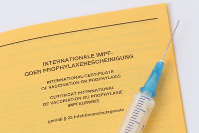 Die Corona-Impfungen haben begonnen. Foto: Tim Reckmann / pixelio.de