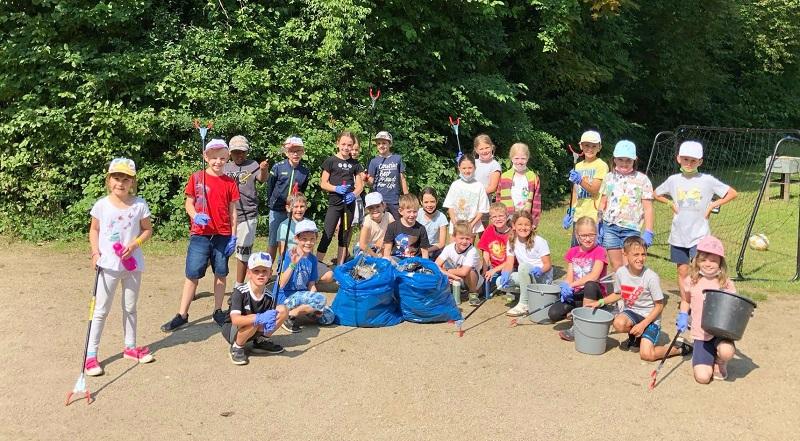 Die Ferienspiel-Kinder räumten im Freizeitzentrum auf. Foto: Kinder und Jugendförderung