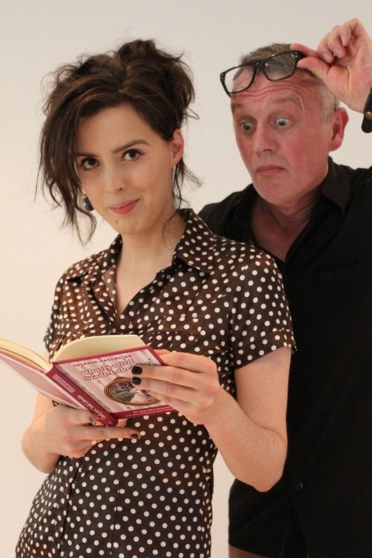 Susanne Hasenstab und Emil Emaille. Foto: Stefan Fuchs