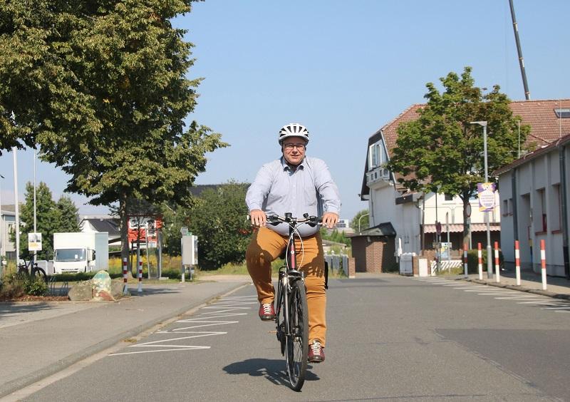 Bürgermeister Joachim Schledt radelt natürlich auch mit! Foto: Meike Mittmeyer-Riehl